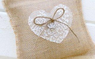 Что подарить на льняную свадьбу — годовщину свадьбы 4 года