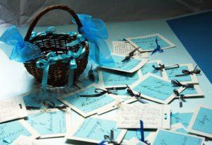 бирюзовые приглашения и корзинка